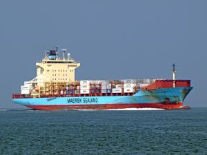 Photo of JOHANNES MAERSK ship