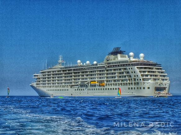THE WORLD Passenger Cruise Ship