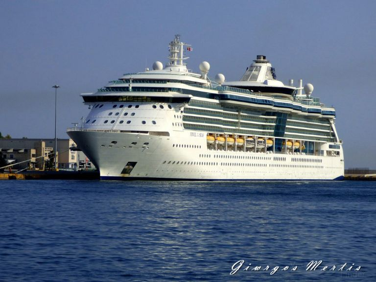 JEWEL OF THE SEAS photo
