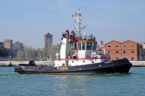 Photo of IVONNE C. ship