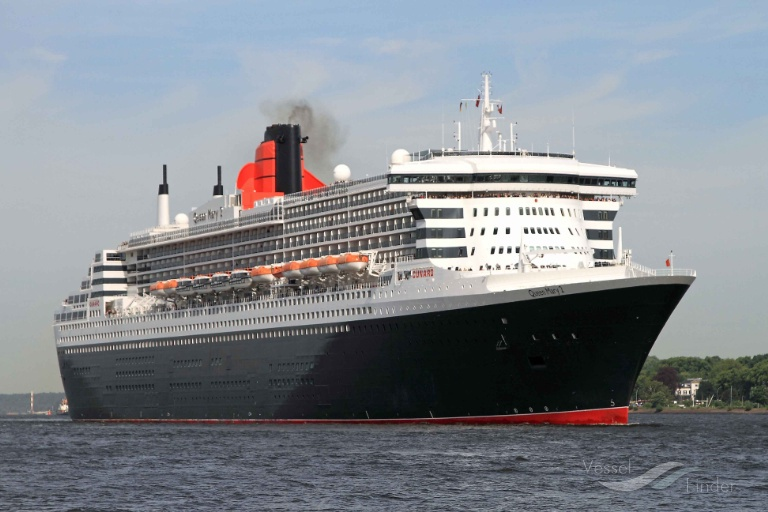 RMS QUEEN MARY 2 (MMSI: 310627000) ; Place: Hamburg