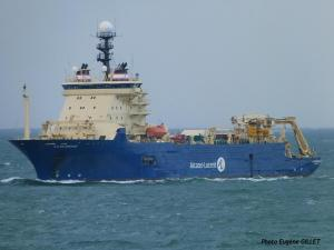 Photo of ILE DE BREHAT ship