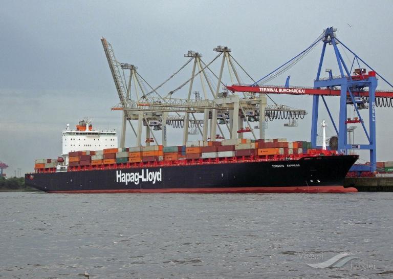 TORONTO EXPRESS (MMSI: 310749000) ; Place: Hamburg_Hafen