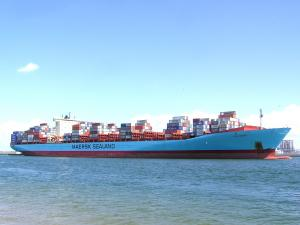 Photo of AXEL MAERSK ship
