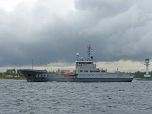 Photo of SURVEY VESSEL LUYMES ship