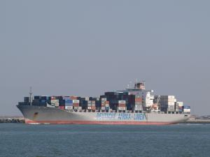 Photo of MAERSK LAUNCESTON ship