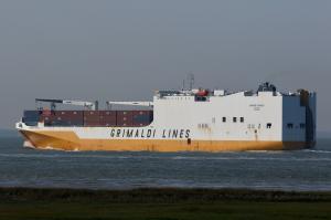 Photo of GRANDE ANGOLA ship