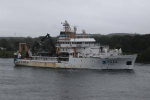 Photo of NOAA HENRY BIGELOW ship