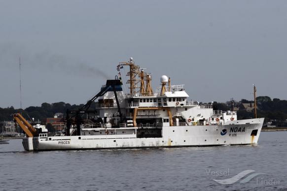 NOAA SHIP PISCES photo