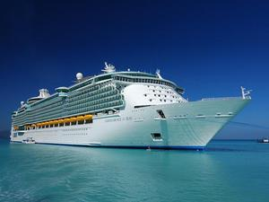 Independence Of The Seas Passenger Cruise Ship