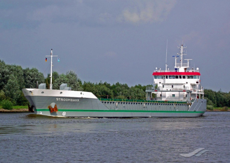STROOMBANK (MMSI: 244617000) ; Place: Kiel_Canal/ Germany