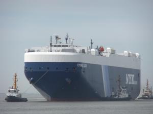 Photo of CYGNUS LEADER ship