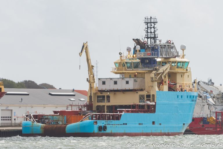 MAERSK TRACKER photo