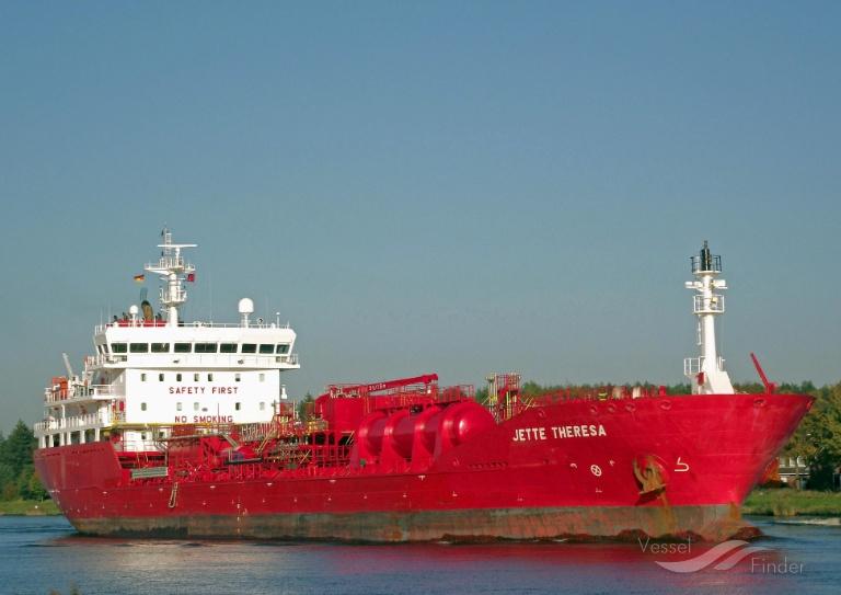 MT  JETTE THERESA (MMSI: 220624000) ; Place: Kiel_Canal