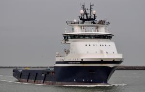 Photo of ISLAND COMMANDER ship