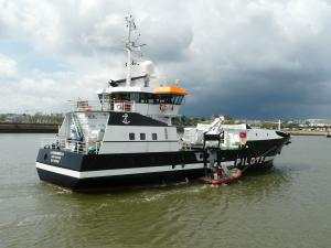 Photo of PILOT-BOAT COURONNEE ship