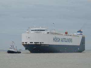 Photo of HOEGH SINGAPORE ship