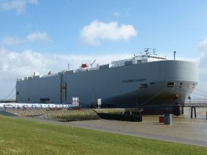 Photo of COLUMBIA HIGHWAY ship