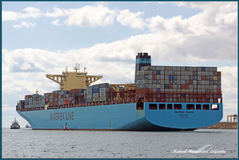 MAERSK EMDEN photo