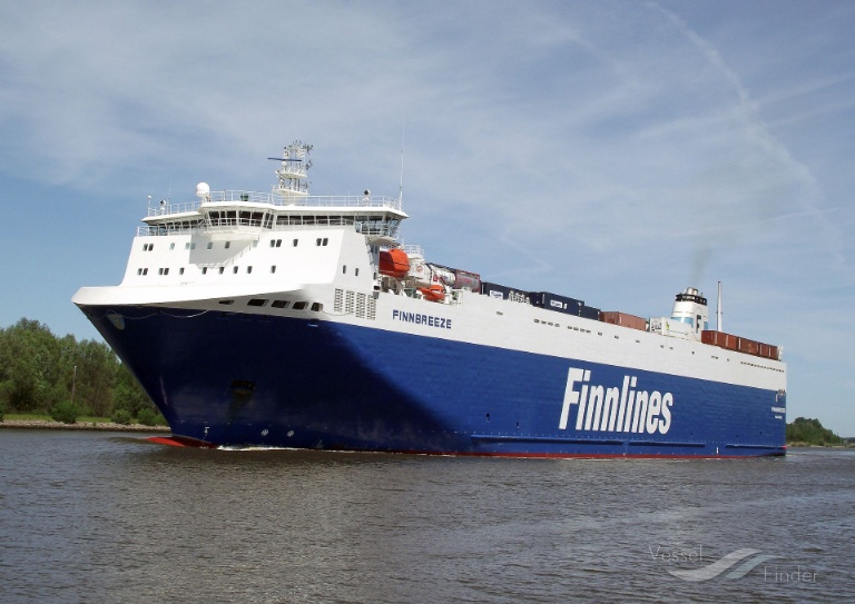 FINNBREEZE (MMSI: 230617000) ; Place: Kiel_Canal