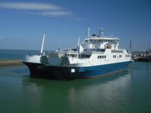 Photo of L'ESTUAIRE ship