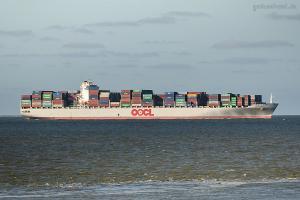 Photo of OOCL CANADA ship