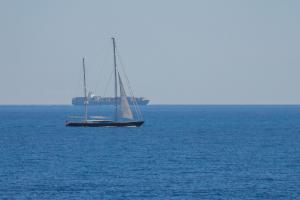 Photo of SQUALL ship