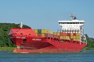 Photo of AALDERDIJK ship