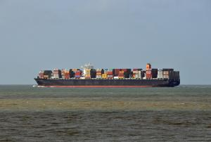 Photo of MAERSK ESMERALDAS ship