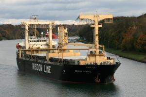 Photo of GENIUS STAR IX ship