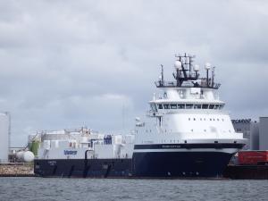 Photo of ISLAND CAPTAIN ship