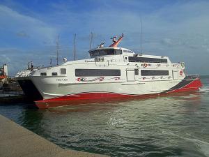 Photo of TRINI FLASH ship