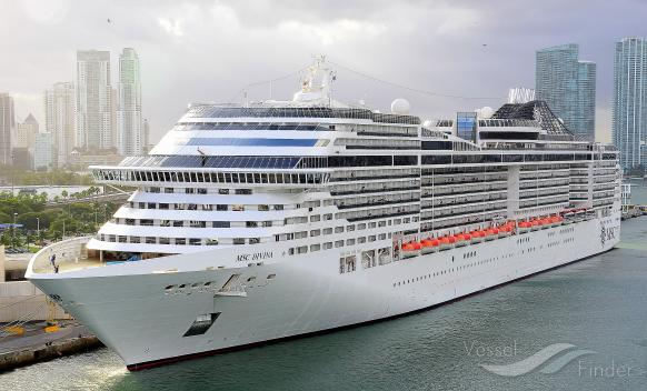 Msc divina passenger cruise ship details and current for Msc divina immagini