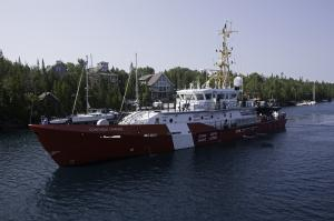 Photo of CONSTABLE CARRIERE ship