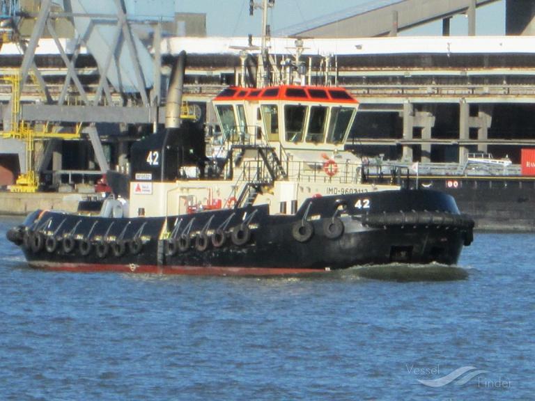 TUG 42 (MMSI: 205627000)