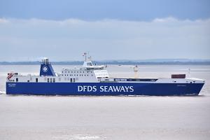Photo of ARK DANIA ship