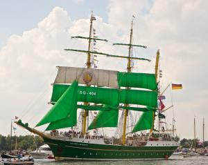Photo of ALEX VON HUMBO ship