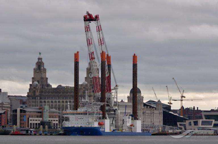 VOLE AU VENT (MMSI: 253366000) ; Place: River Mersey, Liverpool