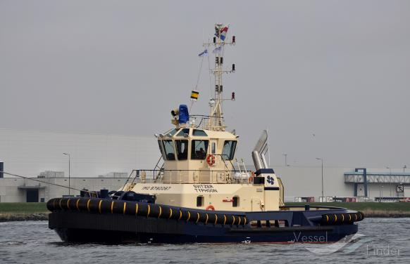 SVITZER TYPHOON photo