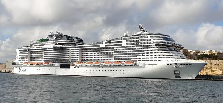 MSC GRANDIOSA, Passenger (Cruise) Ship - Details and ...